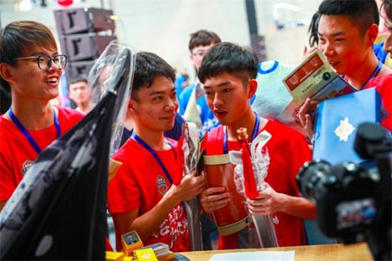 《王者荣耀》高校联赛总决赛落幕,王者国际城市邀请赛静待出征