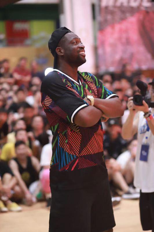 《王者NBA》韦德篮球嘉年华,休赛期逆袭创新高[视频][多图]图片2