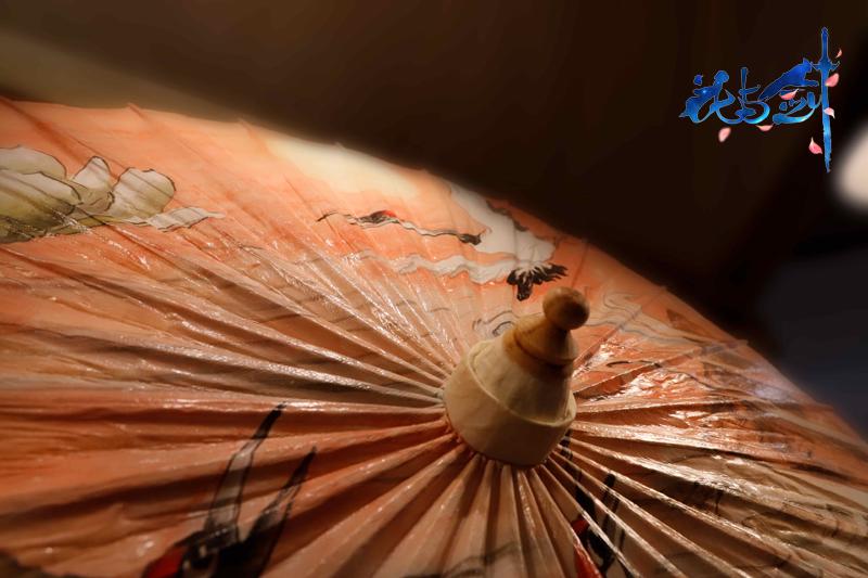 一伞一生缘开缘合,《花与剑》携非遗油纸伞亮相第七届成都国际非遗节