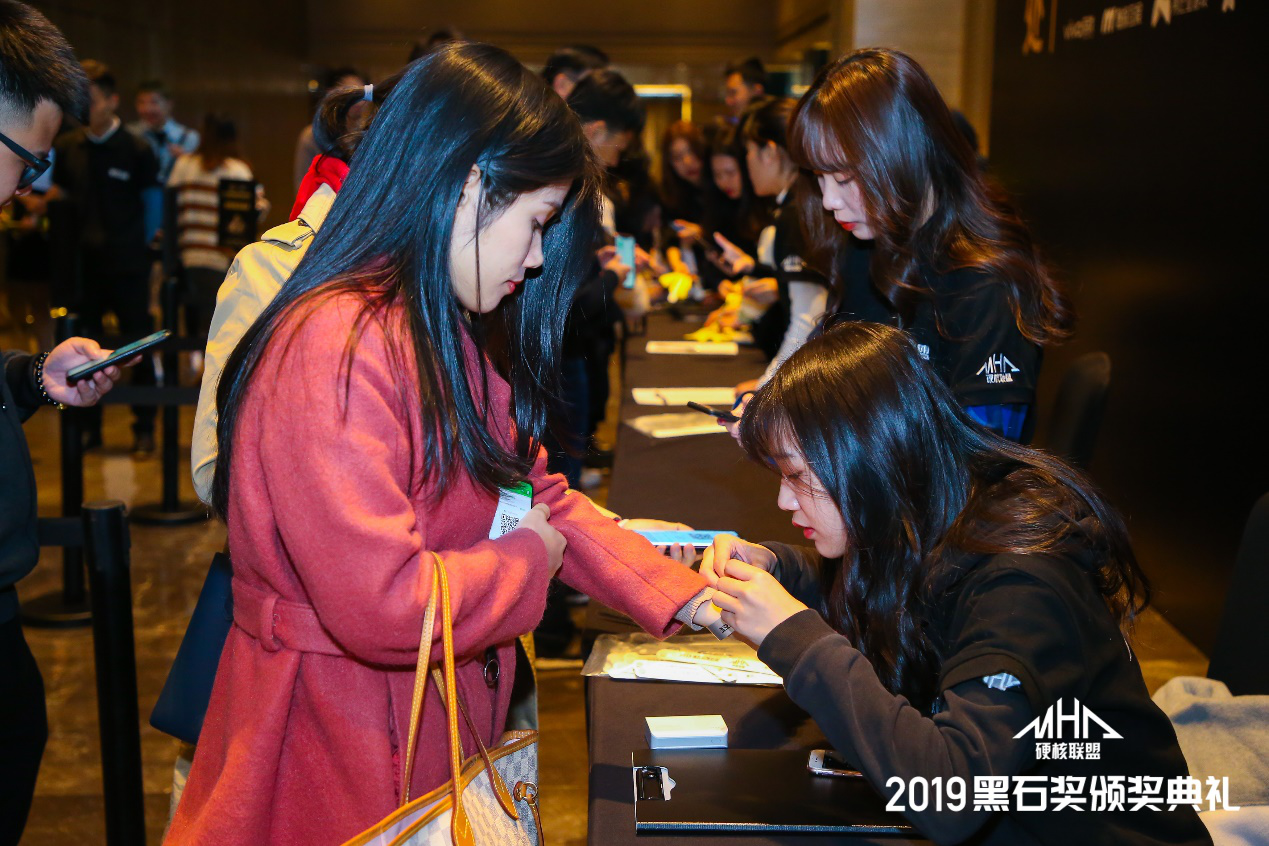 2019黑石奖颁奖典礼完美收官 年度大奖重磅揭晓