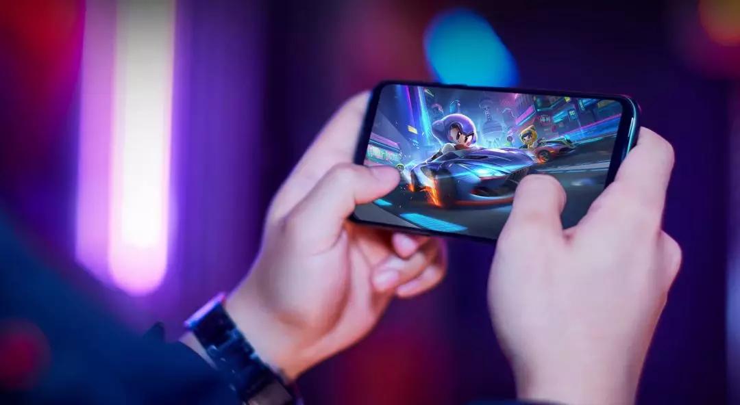 国产游戏手机的「押宝」之战:众雄起跑,谁来